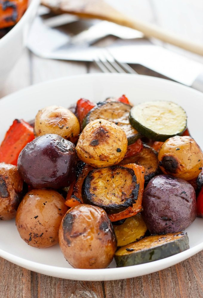Barbecue Potatoes and Vegetable Medley