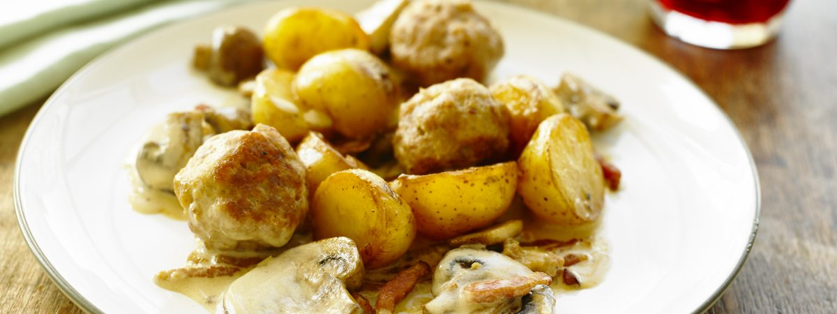 Forest Casserole with Meatballs and Potatoes