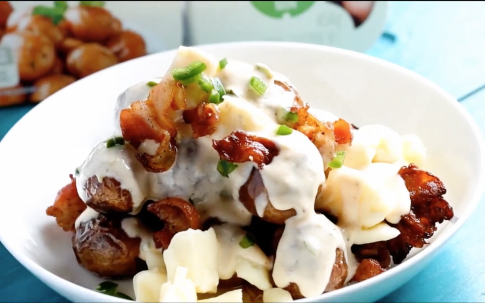 Jalapeño Popper Potato Poutine
