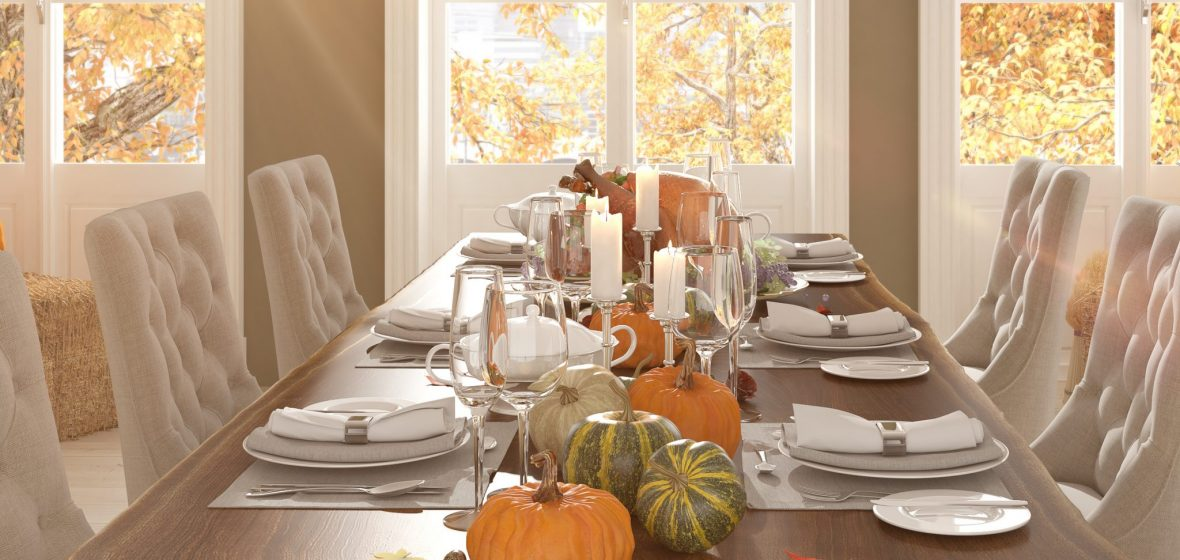 How to set your Thanksgiving table Forks, napkins, decor