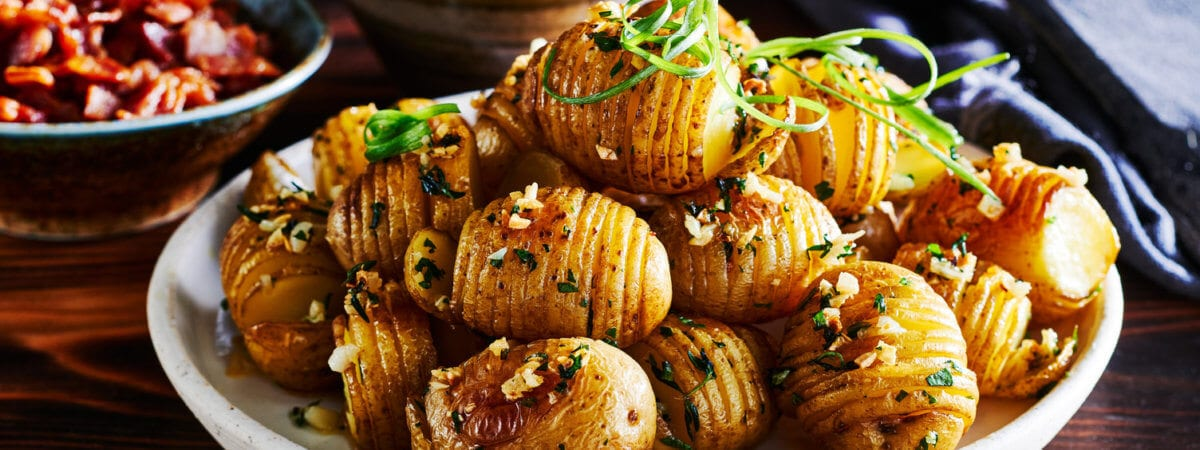Garlic Thyme Hasselback Potatoes